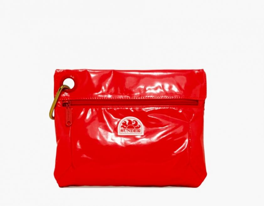 SUNDEK clutch with snap hook red